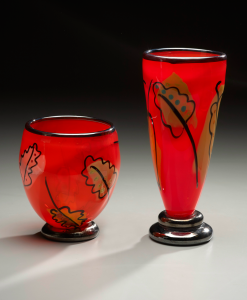 Red-Leaf-Vases